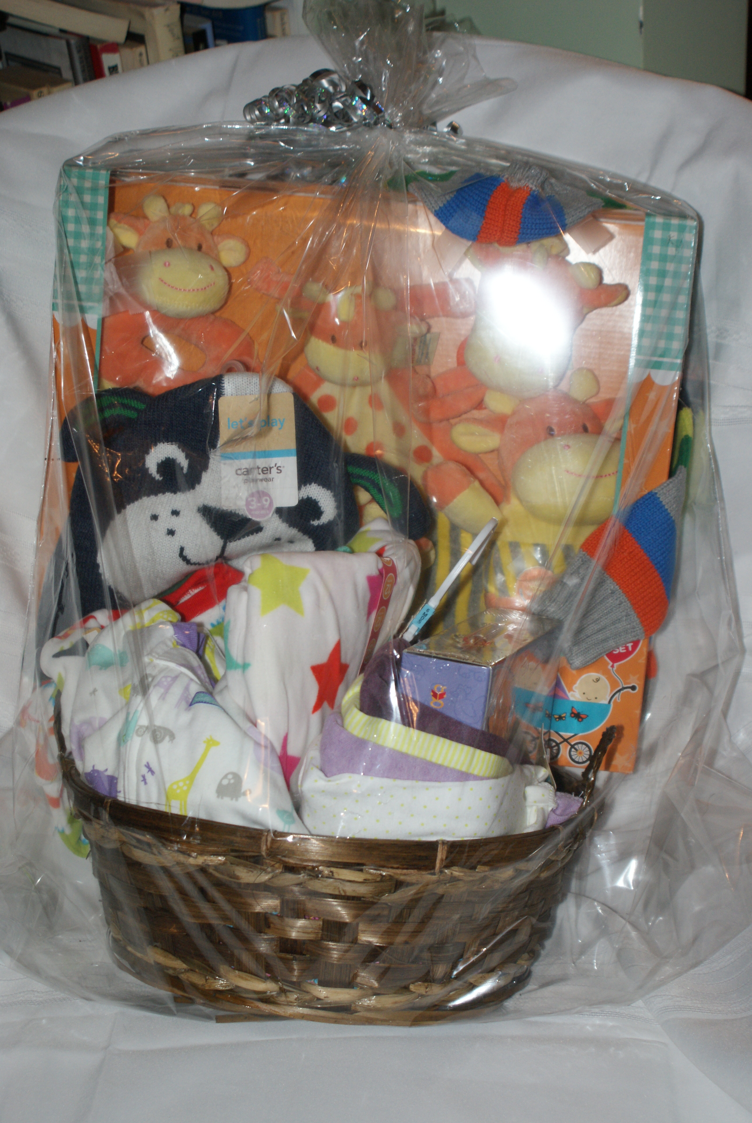 Baby Gift For Coworker : New baby gift basket